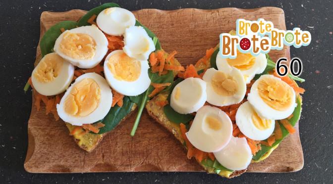 Ei-Brot mit Spinat, Möhre und Curry